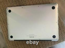 2014 Macbook Pro 2.4 GHz Core i5 13 screen (Excellent Condition)
