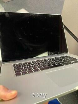 Apple MacBook Pro Retina 15 (2012) i7 2.3GHz 8GB 256GB KEYS/SCREEN/BATTERY