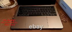 MacBook Pro A1989 13.3 inch Space Gray with TouchBar (US) Screen Display FAULTY